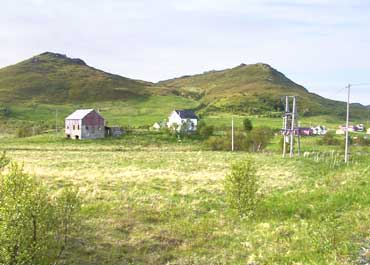 Bøstad Farm Mound